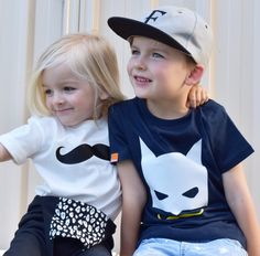 "Hope you are all having a nice break!! Absolutely love this picture of these brothers petits Fletcher & Brycen in our #MÔMES ""Classic mo"" & ""Bruce"" designs from @threelittleboysclothing  They are SO rad @jones_fambam   #brandreps#threelittleboys#momes#handcrafted#organic#brothers#swag#madetoorder#bros#brothers"