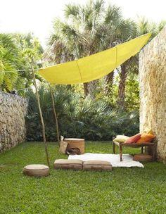 garten relax platz sonnensegel sitzkissen