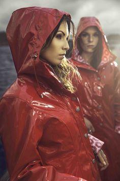 Raincoats For Women Green Black Raincoat, Plastic Raincoat, Yellow Raincoat, Hooded Raincoat, Hooded Cloak, Raincoats For Women, Jackets For Women, Imper Pvc, Best Rain Jacket
