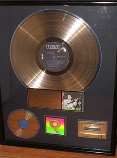 Catawiki Online-Auktionshaus: Elvis Presley - Gold RIAA Award - Elvis Presley