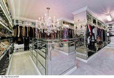 .Beautiful ,Western US Closet...