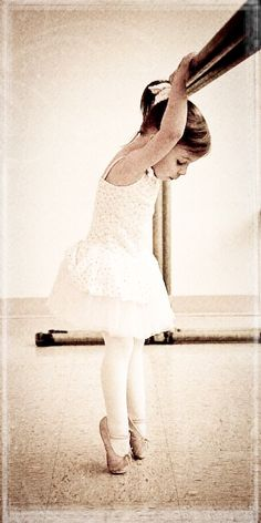 adorable! I remember my girls being that little in ballet class! Where have the years gone? :(