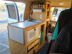 Great info on coverting van into camper, including choosing electric source and how to set up AC and kitchen. Cheap RV Living.com | | Steve\'s Van Conversion