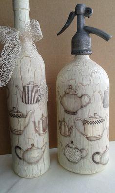 Szódásüveg Soap Dispenser, Decoupage, Winter, Crafts, Color, Decorated Bottles, Faeries, Painted Bottles, Decorating Bottles