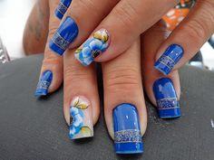 Unhas decoradas com flores em carga dupla (nail art) - Ana Paula Villar Aesthetic Videos, Blue Nails, Spring Nails, Nail Colors, Birthday Parties, Nail Designs, Nail Art, Beautiful, Beauty