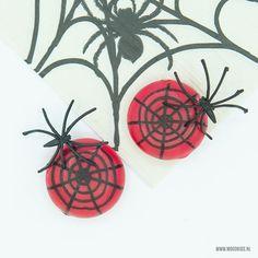 spinnen halloween traktatie babybel Leaf Tattoos, Halloween Diy, Rooster, Animals, Spinning, Animales, Animaux, Animal, Animais