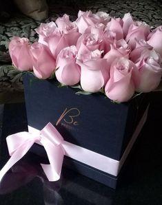 For you my beautiful Becky 💖 Beautiful Rose Flowers, Beautiful Flower Arrangements, Elegant Flowers, Flowers Nature, Floral Arrangements, Beautiful Flowers, Box Roses, Pink Roses, Pink Flowers