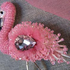 Ну и да, розовый спам))... Красавчикам прощается. #брошьручнойработы #брошьизбисера #брошьфламинго #фламинго #розовый #flamingo #handmadebrooch #flamingobrooch #gilhandmade