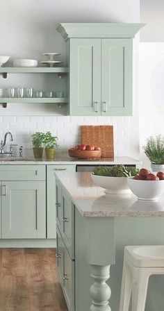 Corner Cabinetry - CLICK PIC for Many Kitchen Ideas. #cabinets #kitchendesign
