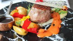 Restaurant Das Lambergs Restaurant Bar, Pot Roast, Beef, Ethnic Recipes, Food, Gourmet, Carne Asada, Meat, Roast Beef