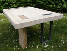 A o to prezentacja nowego stolika:) - wykonany z klejonych belek sosnowych - noga stolika -dąb - elementy żelaza - zapraszam do oglądania Emotikon smile ----------------------------------------- And here is the presentation of the new table Emotikon smile - made of glued pine beams - table leg- oak - iron elements -I invite you to watch:)