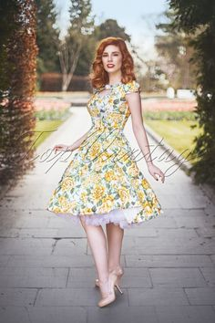 Hearts and Roses 50s Yellow Floral Dress 102 59 15182 20150226 1W