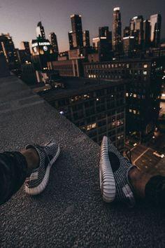 Urban Prohets - Men's style, accessories, mens fashion trends 2020 Urban Photography, Creative Photography, Street Photography, Photographie Street Art, Urbane Fotografie, City Wallpaper, Parkour, Cool Photos, Beautiful Places
