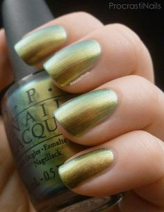 ProcrastiNails: OPI Just Spotted the Lizard