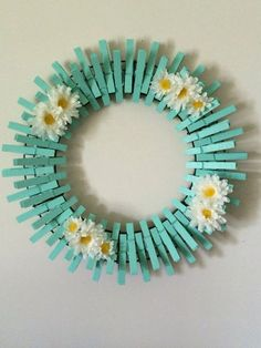 Hand Painted Clothespins wreath, diameter is 14 inches. - How to Tutorials DiyCrazy Diy Projects To Reuse Clothespins - Worth Trying DIY ProjectsItems similar to Beach Glass/Mint Handpainted Decorative Clothespins Wreath on EtsySome Amazing Diy Cloth Wreath Crafts, Diy Wreath, Wreath Ideas, Holiday Wreaths, Mesh Wreaths, Deco Theme Marin, Easter Crafts, Kids Crafts, Crafts To Sell