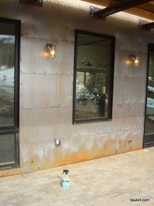 Accelerating Oxidation of Steel Siding Panels Rustic Exterior, Wall Exterior, Building Exterior, Exterior Remodel, Steel Siding, Metal Wall Panel, Corrugated Metal, Galvanized Metal, Commercial Landscaping