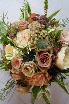 The Flower Magician: August 2009 - love this 'vintage' inspired bouquet :))