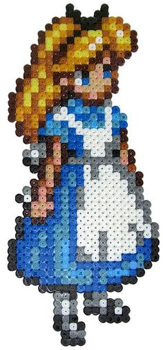 Alice / Hama perler beads  / Bügelperlen