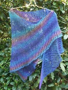 Ocean Sunrise Shawl: Free knitting pattern.  Lightweight and colorful, this enticing pattern is perfect for a variety of seasons.