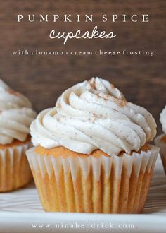 Get this easy recipe for the best Pumpkin Spice Cupcakes with Cinnamon Cream Cheese Frosting! Get this easy recipe for the best Pumpkin Spice Cupcakes with Cinnamon Cream Cheese Frosting! Cinnamon Cream Cheese Frosting, Cinnamon Cream Cheeses, Cream Frosting, Köstliche Desserts, Dessert Recipes, Cupcake Recipes Easy, Recipe For Pumpkin Desserts, Thanksgiving Desserts, Easy Pumpkin Recipes