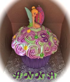 Tinkerbell Giant Cupcake on Cake Central Big Cupcake, Giant Cupcake Cakes, Rose Cupcake, Torta Princess, Princess Cupcakes, Cupcakes Flores, Tinkerbell Party, Tinkerbell Birthday Cakes, Tangled Party