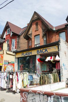 Exploring Toronto's Kensington Market Neighbourhood: A Travel Guide – Brittany's Adventures Backpacking Canada, Backpacking South America, Canada Travel, Visit Canada, Canada Canada, Discover Canada, Toronto Photography, Canada Destinations, Canada Holiday