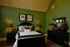 1000 Images About Dark Green Bedroom Ideas On Pinterest