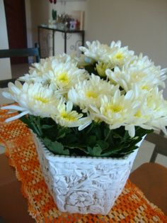 Crisantemo Blanco Chrysanthemum, Paper, White Flowers, Bouquets, White People, Chrysanthemum Morifolium