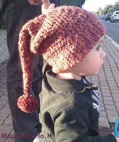 cappello da elfo ad uncinetto  www.magamonella.it