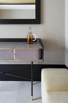 Linear console desk
