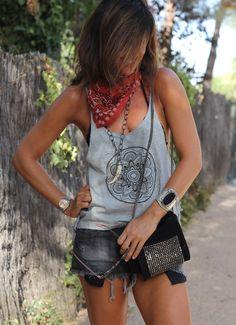 ☆ mytenida Biker Chick Style, Beach Please, Boho Inspiration, Moda Boho, Bohemian Hairstyles, Rocker Chic, Boho Look, Chic Outfits, Boho Fashion