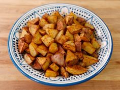 Recipe for Smoked Paprika Roasted Potatoes - easy oven roasting method with olive oil, garlic and spices. Healthy, vegan, gluten free side dish.