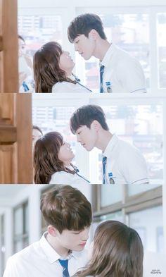 The iconic moment Kim Joong Hyun, Jung Hyun, Kim Sejeong, Kim Jung, School 2017, I School, School2017 Kdrama, Kdrama Actors, Liar And His Lover