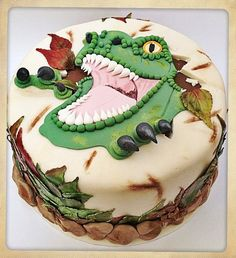 Dinosaur Cake My grandson would love this. Need to remember for his next birthday.