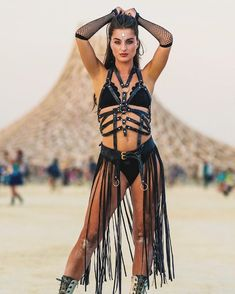 Get created specifically for your next pageant via the leader in rave outfits! Festival Looks, Festival Mode, Festival Dress, Festival Outfits, Burning Man Outfits, Burning Man Fashion, Festivals, Burlesque Outfit, Steampunk Festival