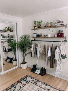 Room Ideas Bedroom, Home Bedroom, Teen Bedroom, Bedroom Designs, Bedroom Inspo, Decor Room, Bohemian Room Decor, Apartment Bedroom Decor, Budget Bedroom