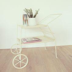 Vintage Tische - Vintage Servierwagen Mid-Century weiß - ein Designerstück von LeFlair bei DaWanda