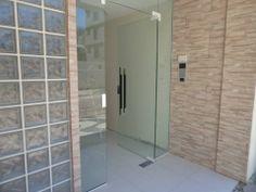 Hall de entrada do Edifício Monalisa. Balneário Camboriú, SC. by Marcia Reschke  htpp://www.marciareschke.com.br