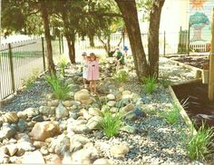 dry creek, dry creek beds, interactive creeks, creeks, dry river beds, pebbles, river stones, mosaics, interactive, childcare centres, preschools, schools, playgrounds, natural creeks