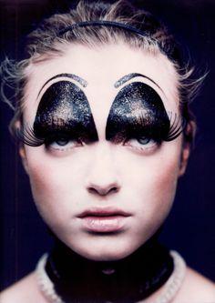 crazy cool eyes, photographs by Marcel van der Vlugt, via trendland