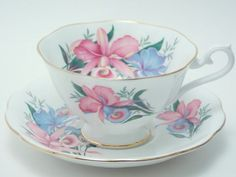 Royal Albert Vintage Fine Bone China Tea Cup and Saucer Wide Mouth Pink Blue Flower Floral Green Leaves Gold Trim