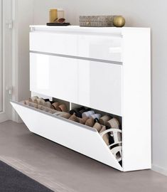 "Wohnung Schuhschrank ""Magic"" Rather than purchasing new furniture to make an impressive im Living Room Modern, Interior Design Living Room, Living Room Decor, Bedroom Decor, Shoe Cabinet Design, Shoe Cabinet Entryway, Shoe Storage Cabinet, Wood Storage, Hallway Closet"
