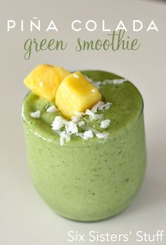 This Pina Colada Green Smoothie is HEALTHY and delicious! | SixSistersStuff.com