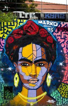 Street Art - Paris Photo by Valérie Gorris @vgr95