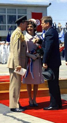 May 3, 1961: The President and First Lady speak with JFK's military aid, General Chester V. Clifton