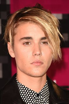 Justin Bieber looked like Kate from Kate Plus 8: | 21 Things Celebrities Looked Like At The 2015 MTV VMAs