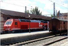 Estación de Aranjuez. ADIF.  Locomotora diesel 333.383.8 Acciona.