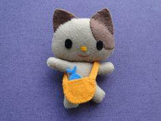 felt cat brooch