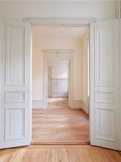 swedish millwork LOVE DOORS, FLOORS & WOOD TRIM! Would like deep window sills.AWESOME...JUST LOVE! ❤️❤️❤️