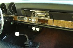 1968 Olds 442 | Note the ignition switch on the dash, not the column